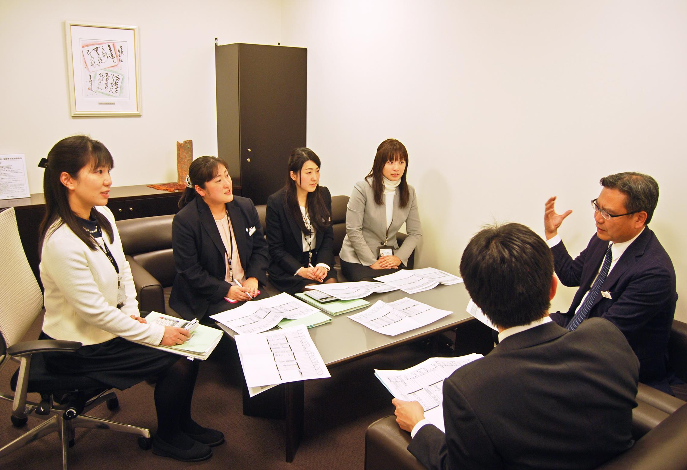 2018年2月23日号20面 三菱東京UFJ銀行一宮支店、「熱く、愚直に、泥臭く」、4つの改革で業績アップ