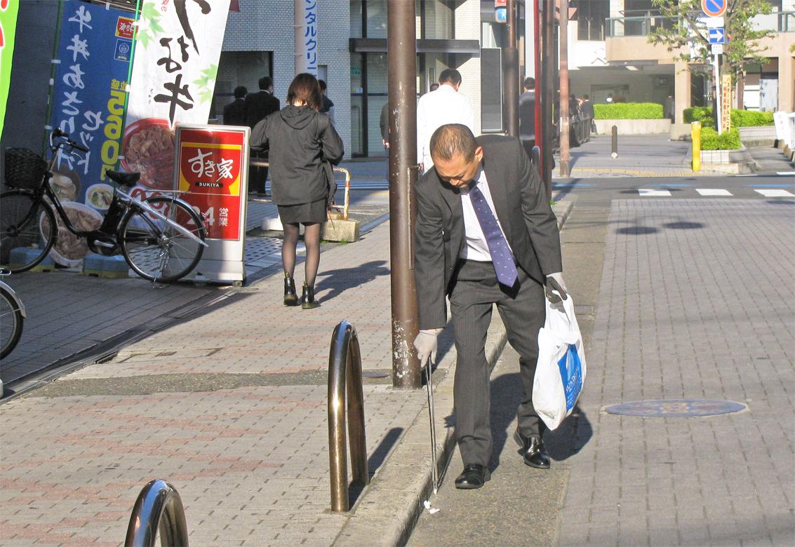 2019年4月26日号19面 三菱UFJ銀行茨木支店長・今田好宣氏、地域を愛するのが銀行員
