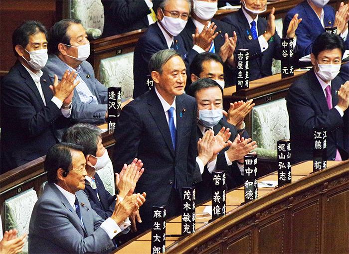 首相に指名された菅氏(9月16日、衆院)