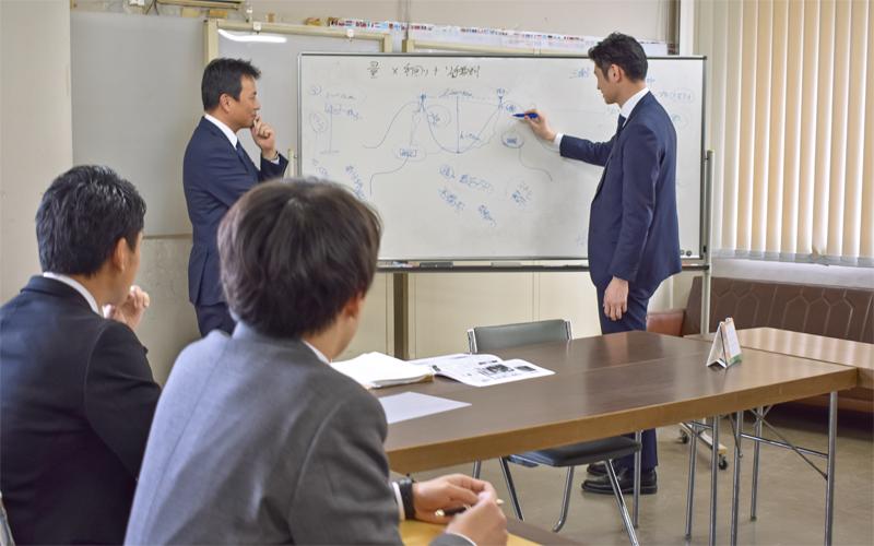 2021年4月9日号20面 ワンチーム ソリューション営業、富山第一銀行滑川支店